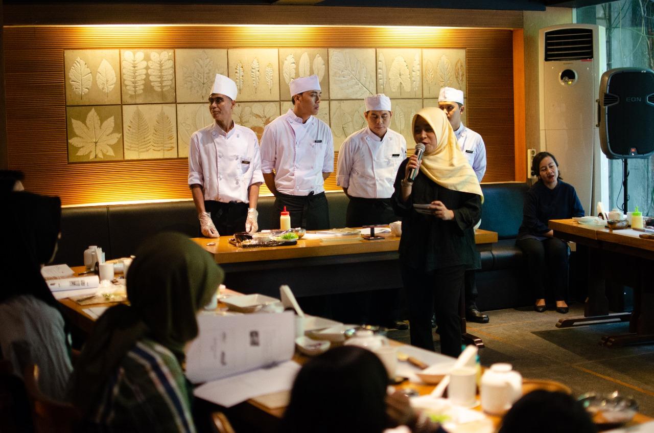 sushi_midori_momiji_sushi class