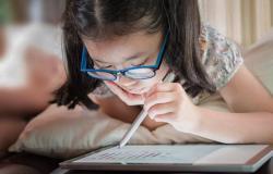 computer vision syndrome pada anak sekolah selama pandemi