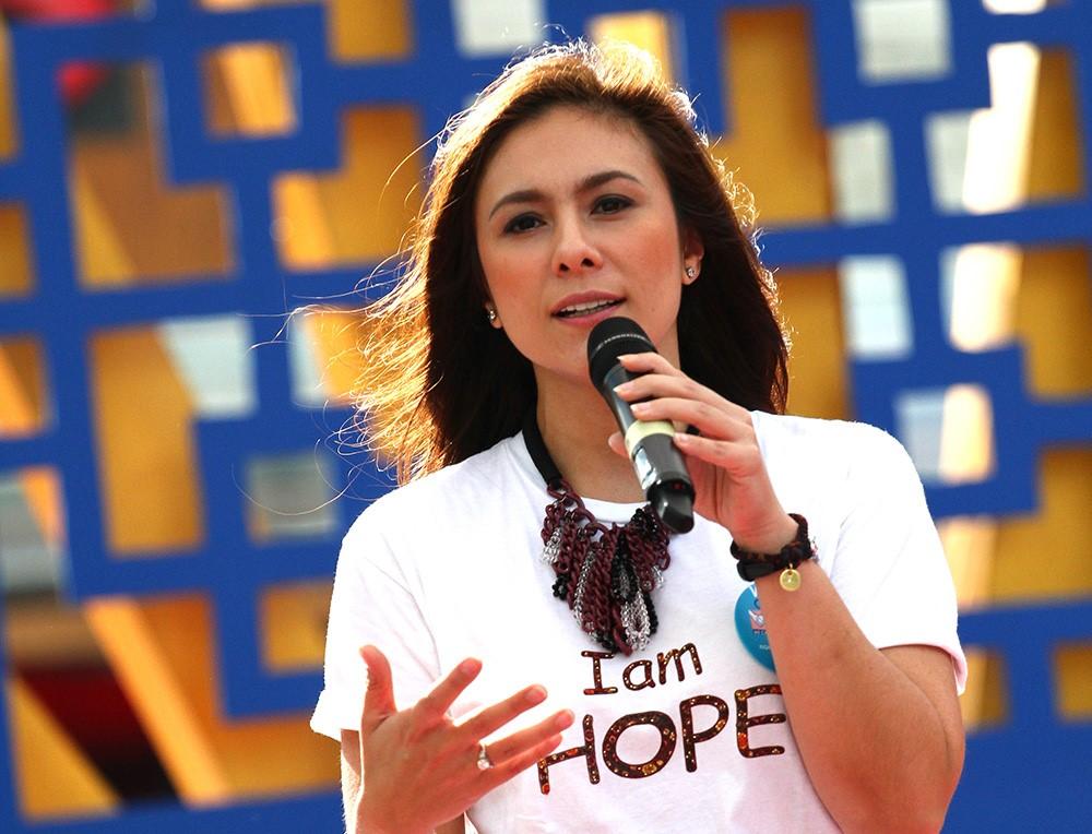 wulan_guritno_deteksi_kanker_gelang_bracelet of hope